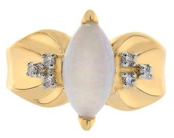 1.00 Carat Opal And 0.07 Carat Diamond Ring 14K Yellow Gold