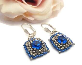 Boucles d'oreilles tissage aiguille cristal délicas bleu argenté
