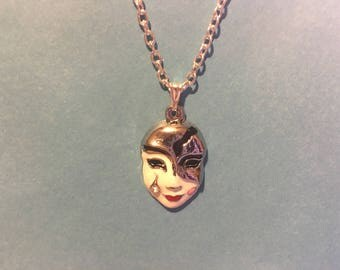 Mardi Gras Mask Necklace   AJ62