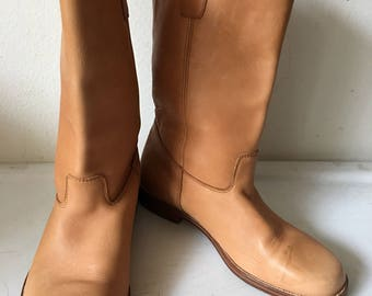Beige strong soft leather boots CAMEL  man size 10 1/2.