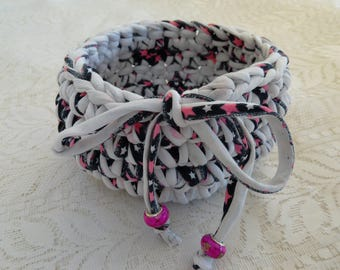 Bathroom, empty basket Pocket Navy Pink White crochet hand made recycled jersey