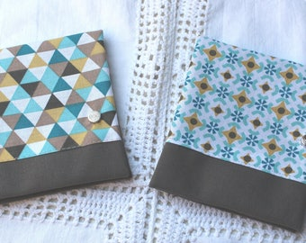 Pouch bag in medium grey and geometric pattern / triangle turquoise choice