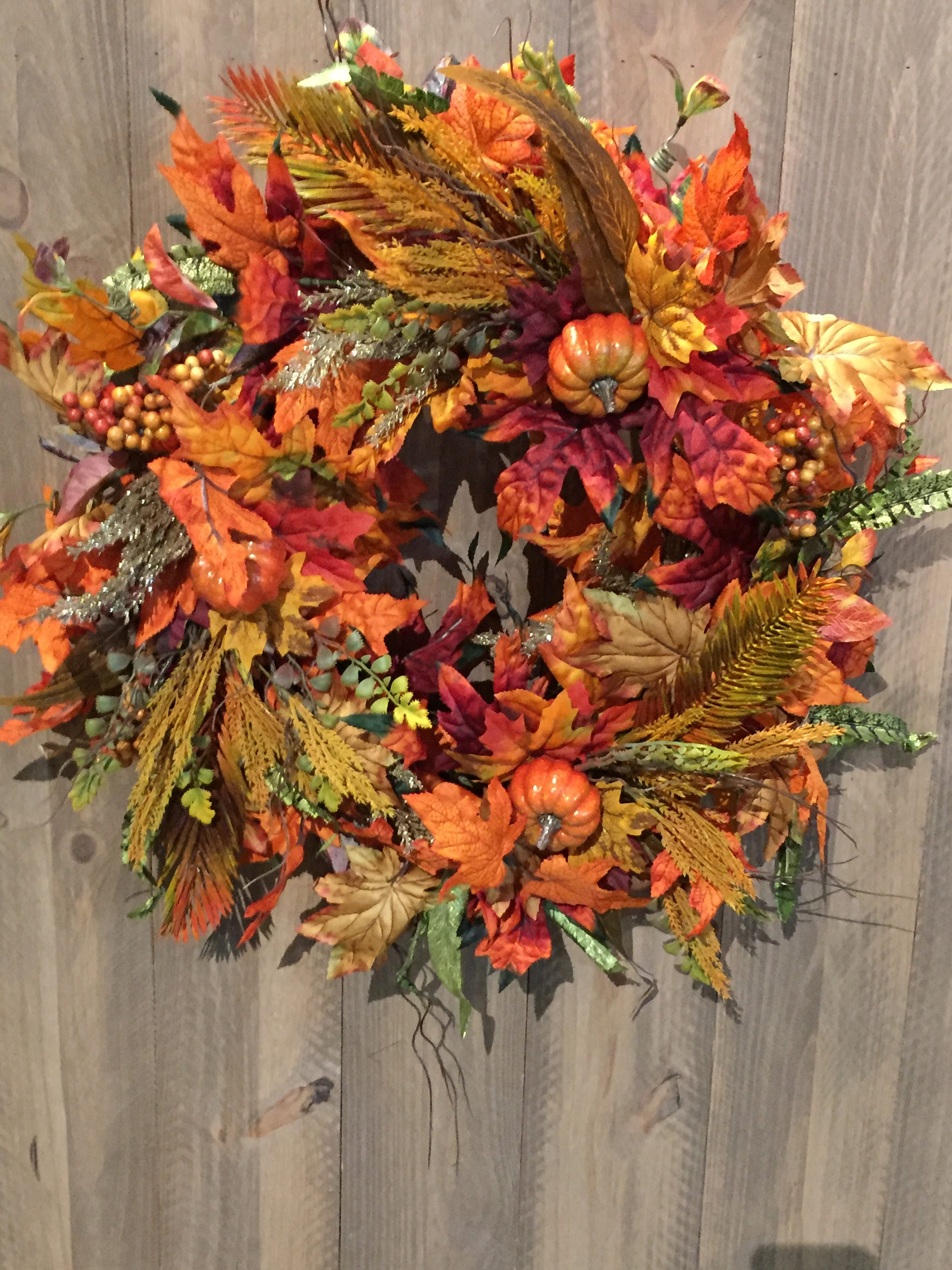 Fall wreath on sale centerpiece leaf