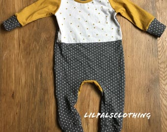 Baby girls one-piece gray polka dot outfit, baby girl outfit, baby girl clothes, baby girl oufit, baby girl one-piece, gray outfit.