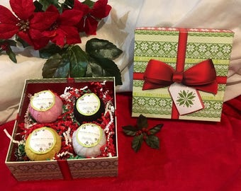 Christmas Present Bath Bomb Gift Set - Four Assorted Bathbombs in a beautiful Festive Box - The perfect holiday gift
