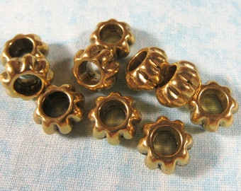 10 Antique Gold Flower Euro Style Charm Beads (B491r)