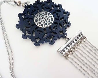 Bohemian long necklace with print dark blue and multi  silvery necklaces