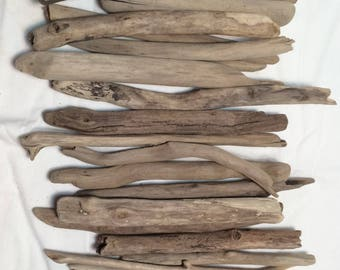 """Driftwood Sticks / 50 Pieces 6 - 10"""" long 1/4"""" - 1/2"""" thick / Straight Driftwood / Drift Wood Art / Driftwood Supply / Drift Wood Pieces"""