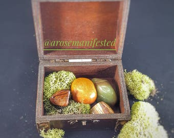 Lower chakra-manifest crystal set