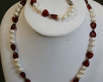 Red and White Pearl & Bead Jewelry Set
