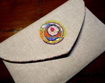 Evening clutch medallion pattern ivory linen pouch