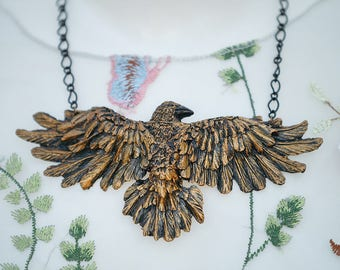 Raven Necklace Bronze