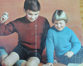 Vintage knitting pattern by Patons for a child's chunky round neck sweater with raglan sleeves.