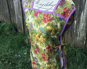 Full body bird and fruit apron/vintage apron/vintage full body apron/full body apron/vintage linen/linen/fruit print apron/vintage aprons