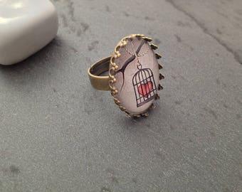 Heart ring in jail - bronze