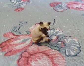 Vintage Miniature Bug House Siamese Kitten Miniature