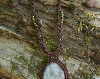 Macrame necklace with Jasper gem