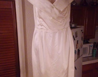 Vintage Catherine Rehegr gown- off white- cream colored-Beautiful!
