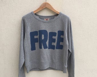 Japanese Brand Heart Market Crop Sweatshirt