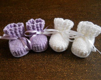 pair of 0/1 month baby booties