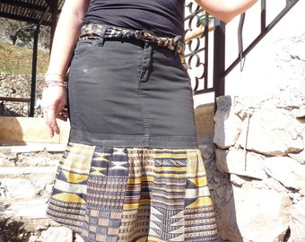 Asymmetrical skirt in black jeans and cotton printed
