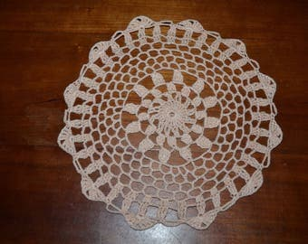 Handmade 20 cm, salmon, round, made with fine cotton crochet doily