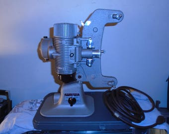Antique Bell and Howell 122LR 8 mm Projector