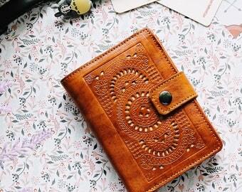 Kelimutu Women Wallet Carved Wallet Women's Genuine Leather Wallet Card Brown GIFT Handmade Light Brown Cards Cash, Coin Pocket Wallet