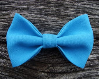 Bowtie pin blue