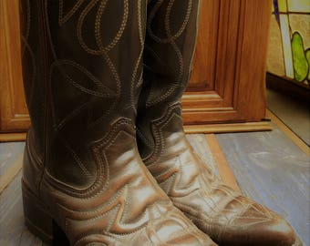 Durango Rebel Pull-On Western Boots for Men/ Faux Leather Boot Size 8D