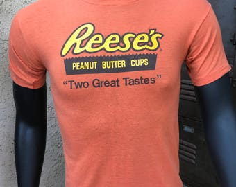Vintage 80's Reeses Peanut Butter Cup HERSHEY'S 50/50 Blend T-SHIRT Adult Medium, Made in the USA