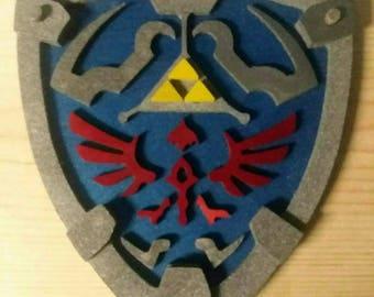 "12"" Zelda hylian shield with metallic paint"