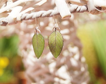 Pending leaves of mint - resin flower jewelry