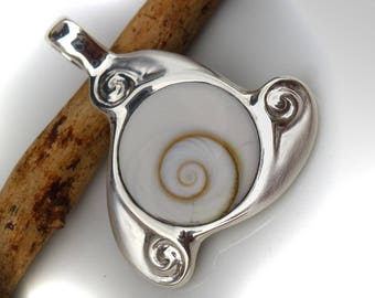 "Pendant silver with ""Shiva eye"" TRISKELE 31mm"