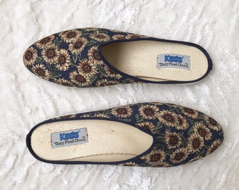 Vintage 1990s 90s KEDS Slip On Sneakers - Sz 9 Women's - Floral Sunflower Blue Print