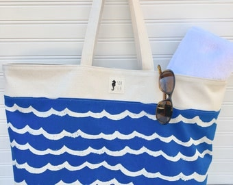 Pool Tote, blue waves and natural
