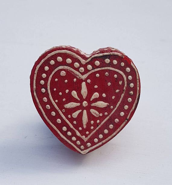 Red Wooden Heart Shaped Door / Drawer Knob ~ Upcycling Project from ...