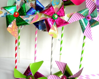 Paper pinwheels 5 PCs. shine and glitter pinwheels. Different colors marriage-birth, children's Party