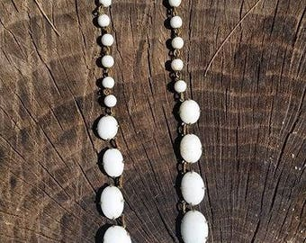 Beautiful white beaded vintage necklace