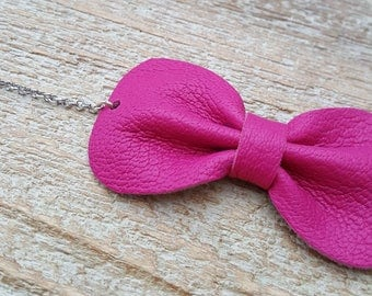 Fuchsia leather bow bracelet size adult or child
