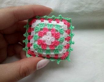 Pillow - Dollhouse Pillow - Miniature Pillow - Dollhouse miniatures - Handmade - Hand embroidered