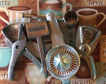 Barware / 5 piece/ Ice crusher / Squeezers / Jigger