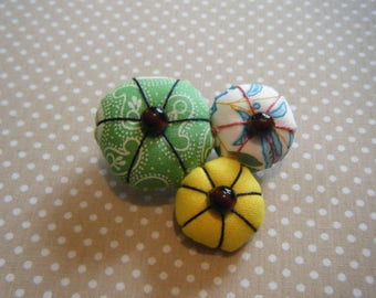 Japanese flower yellow, green, floral brooch