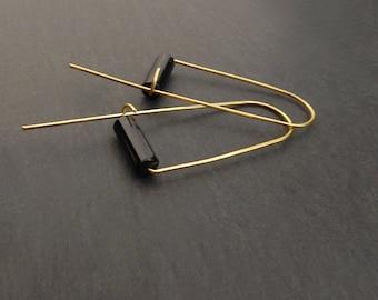 Onyx earrings, Gemstone earrings, Agate earrings, Black drop earrings, Gold, Boho Jewellery, Brass, Minimalist, Modern, Roller earrings
