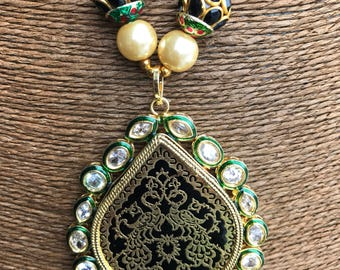 Green theva necklace with kundan work