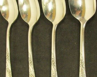 Oneida Silverplate Bridal Wreath Four Oval Soup Spoons