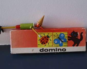 Domino with animal figures from the USSR, complete (28 stones) with box.