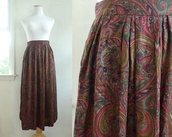 "paisley print rayon skirt size xs   25"" waist   lightweight twill preppy skirt 80s skirt olive green red purple  1980s"