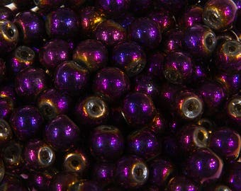 22201 - 100 beads round 4mm glass purple