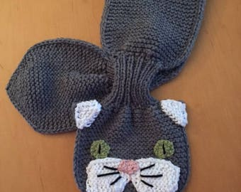 "Adorable Cat Keyhole ""Kritter"" Scarf"